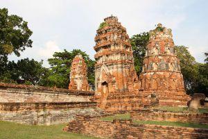 Wat-Phra-Mahathat-Ayutthaya-Thailand-004.jpg
