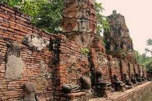 Wat-Phra-Mahathat-Ayutthaya-Thailand-006.jpg