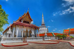 Wat-Phra-Mahathat-Woramahawihan-Nakhon-Si-Thammarat-Thailand-001.jpg