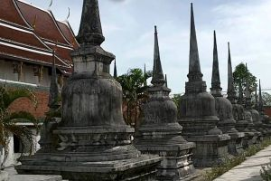 Wat-Phra-Mahathat-Woramahawihan-Nakhon-Si-Thammarat-Thailand-005.jpg