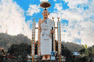 Wat-Phra-Phutthabat-Pha-Nam-Lamphun-Thailand-04.jpg