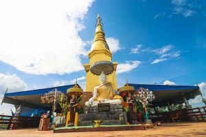 Wat-Phra-Phutthabat-Pha-Nam-Lamphun-Thailand-07.jpg