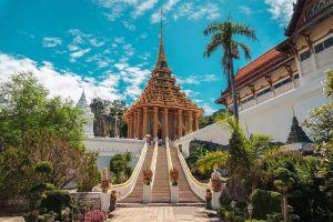 Wat-Phra-Phutthabat-Saraburi-Thailand-04.jpg