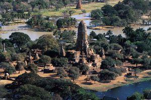 Wat-Phra-Ram-Ayutthaya-Thailand-03.jpg