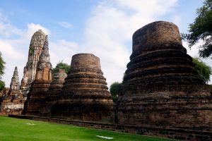 Wat-Phra-Ram-Ayutthaya-Thailand-04.jpg