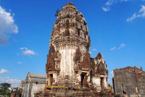 Wat-Phra-Si-Rattana-Mahathat-Lopburi-Thailand-05.jpg