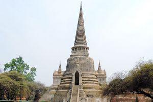 Wat-Phra-Si-Sanphet-Ayutthaya-Thailand-004.jpg