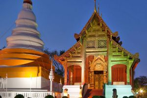 Wat-Phra-Singh-Chiang-Mai-Thailand-002.jpg