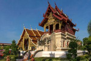 Wat-Phra-Singh-Chiang-Mai-Thailand-004.jpg