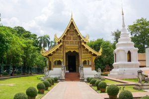 Wat-Phra-Singh-Chiang-Mai-Thailand-005.jpg