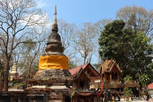 Wat-Phra-That-Chom-Kitti-Chiang-Rai-Thailand-01.jpg