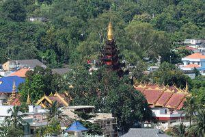 Wat-Phra-That-Doi-Wao-Chiang-Rai-Thailand-001.jpg