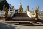 Wat-Phra-That-Doi-Wao-Chiang-Rai-Thailand-002.jpg