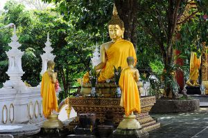 Wat-Phra-That-Doi-Wao-Chiang-Rai-Thailand-004.jpg