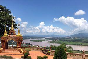 Wat-Phra-That-Pha-Ngao-Chiang-Rai-Thailand-06.jpg