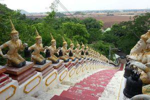 Wat-Phrabat-Nam-Phu-Lopburi-Thailand-01.jpg