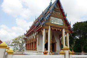 Wat-Phrabat-Nam-Phu-Lopburi-Thailand-06.jpg