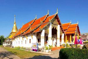 Wat-Phrathat-Chang-Kham-Worawihan-Nan-Thailand-001.jpg