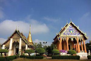 Wat-Phrathat-Chang-Kham-Worawihan-Nan-Thailand-004.jpg