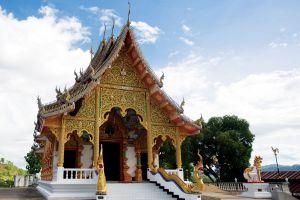 Wat-Phrathat-Chom-Chaeng-Mae-Hong-Son-Thailand-04.jpg