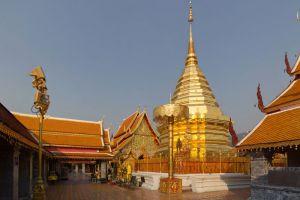 Wat-Phrathat-Doi-Suthep-Chiang-Mai-Thailand-001.jpg