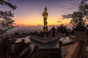 Wat-Phrathat-Khao-Noi-Nan-Thailand-001.jpg