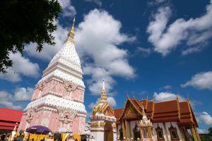Wat-Phrathat-Renu-Nakhon-Phanom-Thailand-05.jpg
