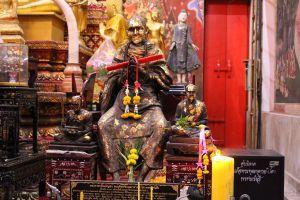 Wat-Phrom-Rangsi-Lopburi-Thailand-03.jpg
