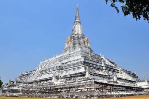 Wat-Phu-Khao-Thong-Ayutthaya-Thailand-001.jpg