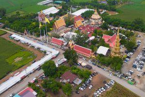 Wat-Phu-Noi-Lopburi-Thailand-03.jpg
