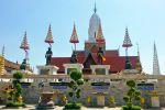 Wat-Phutthai-Sawan-Ayutthaya-Thailand-02.jpg