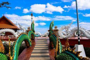 Wat-Phutthawat-Phu-Sing-Kalasin-Thailand-03.jpg