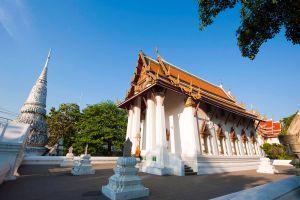 Wat-Pichai-Songkram-Ayutthaya-Thailand-01.jpg