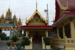 Wat-Pichai-Songkram-Ayutthaya-Thailand-06.jpg