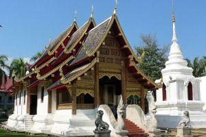 Wat-Prasat-Chiang-Mai-Thailand-001.jpg