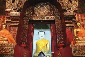 Wat-Prasat-Chiang-Mai-Thailand-003.jpg