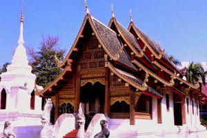 Wat-Prasat-Chiang-Mai-Thailand-004.jpg