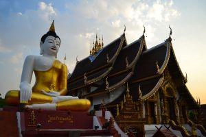 Wat-Ratcha-Montien-Chiang-Mai-Thailand-02.jpg