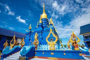 Wat-Rong-Suea-Ten-Blue-Temple-Chiang-Rai-Thailand-06.jpg