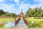 Wat-Sa-Si-Sukhothai-Thailand-05.jpg