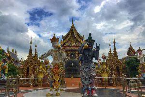 Wat-Saeng-Kaeo-Phothiyan-Chiang-Rai-Thailand-05.jpg