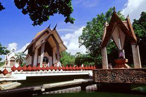 Wat-Sala-Loi-Nakhon-Ratchasima-Thailand-02.jpg