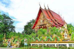 Wat-Salak-Petch-Koh-Chang-Trat-Thailand-06.jpg