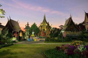 Wat-Sawang-Hua-Na-Kham-Kalasin-Thailand-04.jpg
