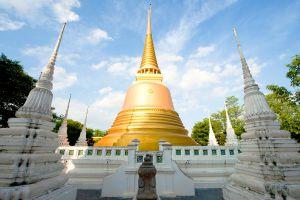 Wat-Senasanaram-Ratchaworawihan-Ayutthaya-Thailand-03.jpg