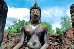 Wat-Si-Chum-Sukhothai-Thailand-04.jpg