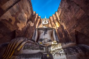 Wat-Si-Chum-Sukhothai-Thailand-06.jpg