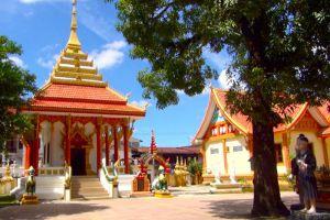 Wat-Si-Muang-Vientiane-Laos-001.jpg
