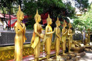 Wat-Si-Muang-Vientiane-Laos-004.jpg