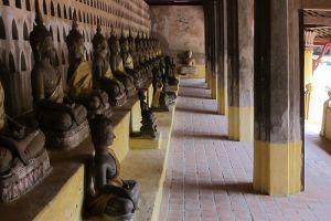 Wat-Si-Muang-Vientiane-Laos-005.jpg
